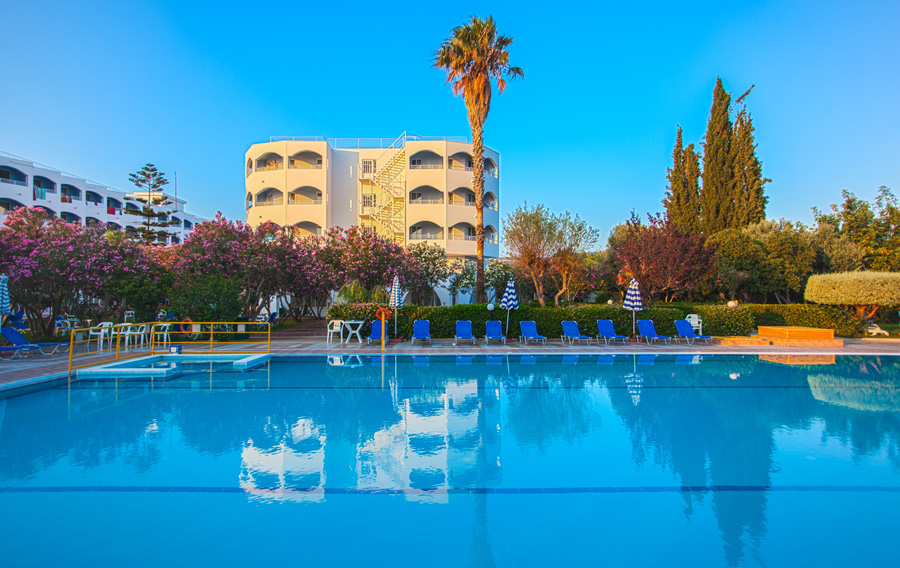 CONTINENTAL PALACE HOTEL 4****